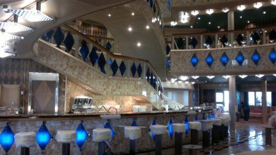 Costa favolosa le foto degli allestimenti dei saloni for Costa favolosa ponti