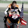 Il pilota Nicky Hayden investito  mentre era in bici,  gravi le sue condizioni