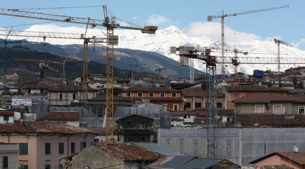 L'Aquila, corruzione nella ricostruzione post sisma: 10 arresti