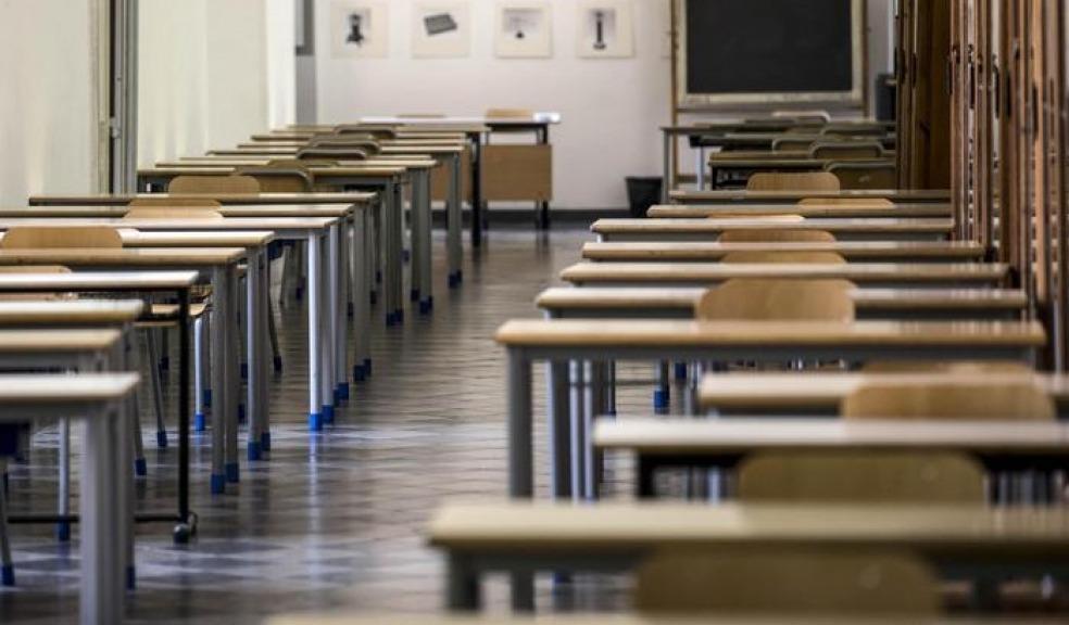 L'idea del ministro Fedeli: obbligo scolastico fino a 18 anni