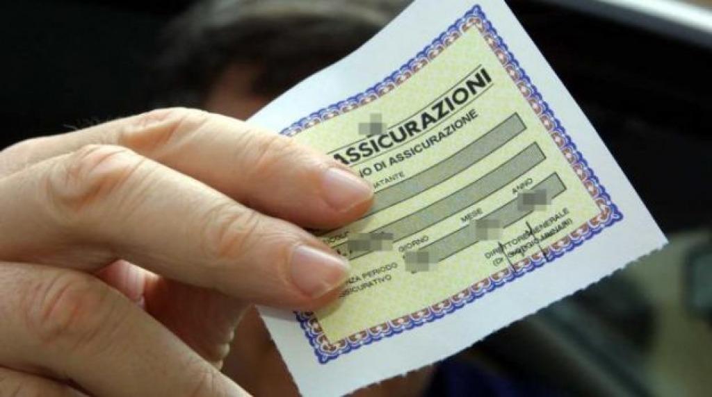 Rc auto, polizze contraffatte: beccati altri due siti