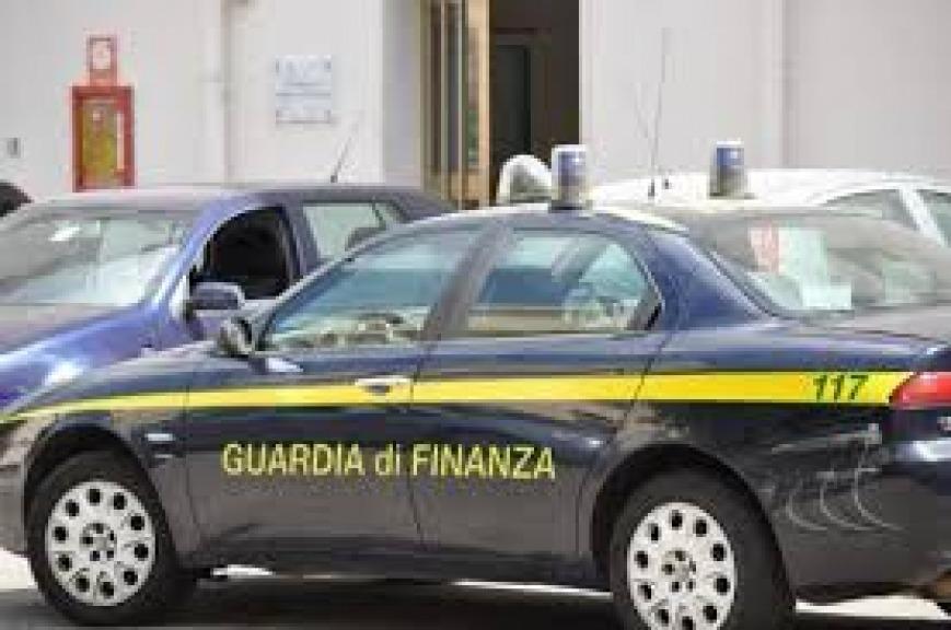 Godevano di assegni Inps ma vivevano all'estero: 370 denunciati