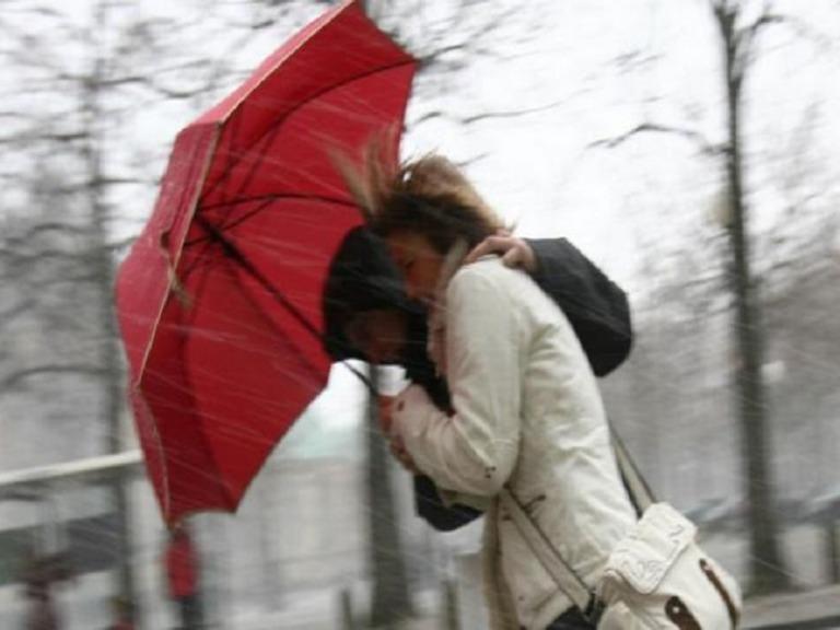 Da lunedì 'assaggio d'inverno' con vento, pioggia e neve