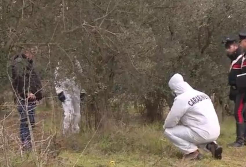 Trovato cadavere donna fatto a pezzi