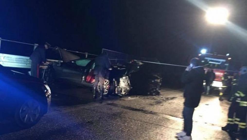 Cronaca nazionale                  Incidente stradale a Melfi morte carbonizzate 3 persone
