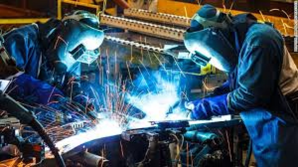 Industria, produzione ferma a novembre