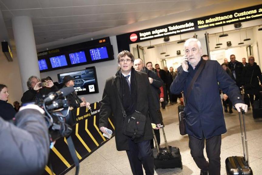 La Spagna vuole arrestare Puigdemont se va in Danimarca