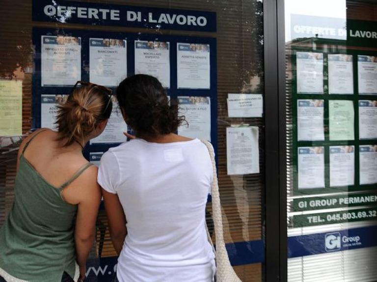 Eco - Istat: scende a 10,8% tasso disoccupati