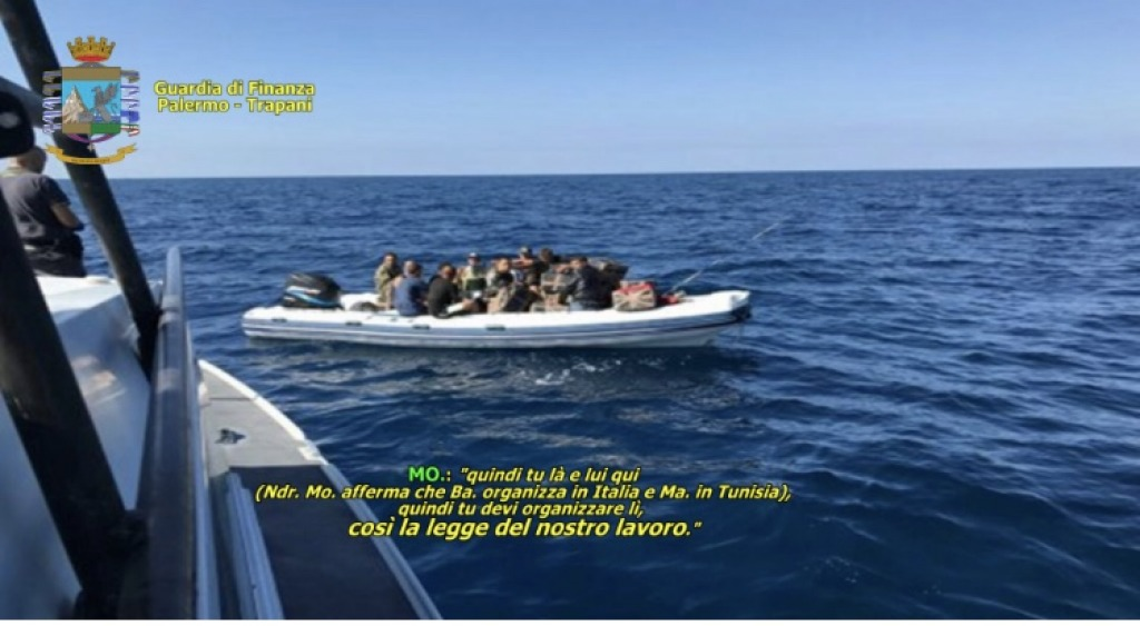 Traffico di migranti: 13 in manette, tra loro sospetti jihadisti