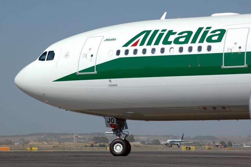 Alitalia: Ue apre indagine su prestito ponte di 900 milioni