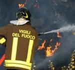 Incendio divampa su costa Trabocchi, i vigili riescono a spegnerlo in 2 ore