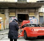 Ferrari incidentata- foto ansa