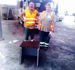 Adetti di Attiva trovano busta con 7000 euro tra rifiuti e li consegnano alla Polizia