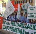 Corpo Forestale in piazza a Pescara, per dire NO alla militarizzazione