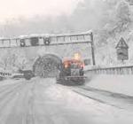 """Neve in Abruzzo, miglioramento su A25, resta """"codice rosso"""" su A24 tra Assergi e Teramo"""