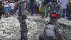sisma di magnitudo 7,8 in Ecuador
