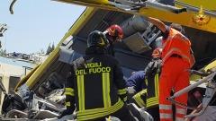 Scontro treni in Puglia - foto da VVf