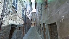 Urbino, Via delle Stallacce - foto da street View