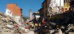 Terremoto, protesta degli sfollati, il funerale delle vittime si Terrà domani ad Amatrice