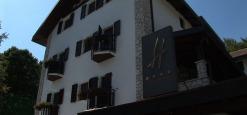 Eccellenze abruzzesi: l'Hotel Rigopiano con il centro benessere amato da Barbara D'Urso