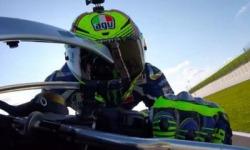 Giro di Pista con Valentino Rossi, Oggi Si Può. GUARDA @GoPro
