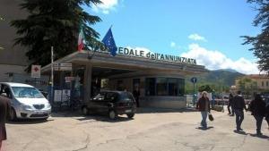 Bimbo di 11 mesi muore all'ospedale di Sulmona dopo ricovero per forti dolori alla pancia