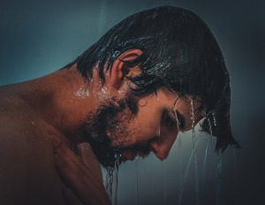 Lavi i capelli tutti i giorni? Sbagli! Leggi il perchè...