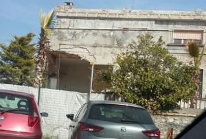 Travolti da caduta di un muro, feriti due operai a Cepagatti