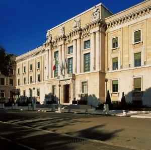 """Provincia Pescara, Allegrino: """"Testa governa solo se riesce ad accontentare"""""""
