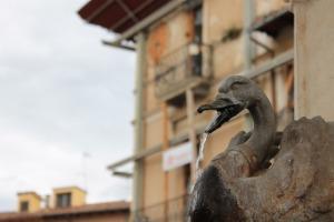 L'Aquila tre anni dopo il terremoto: ricostruzione al palo, macerie e disagio sociale