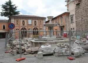Il commissario chiodi 39 39 avviare i cantieri nei centri for Piani di piantagione storici