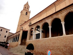 Ritrovati a roma oggetti sacri rubati a san michele for Oggetti sacri roma