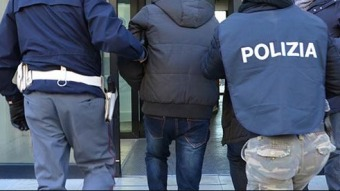 polizia arresto - foto di repertorio