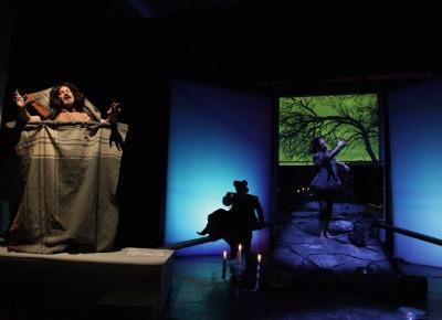 """Rassegna """"Crescere a Teatro"""", a L'Aquila va di scena Cenerentola e lo Specchio"""