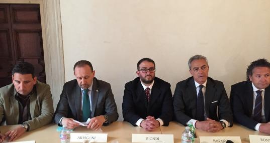 La coalizione di centrodestra si unisce attorno al candidato sindaco Pierluigi Biondi