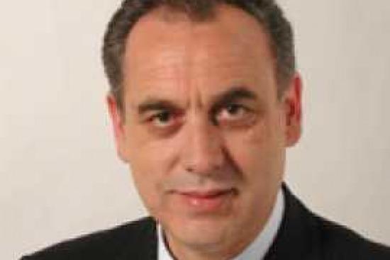 Primarie parlamentari pd intervista a giovanni legnini for Parlamentari pd