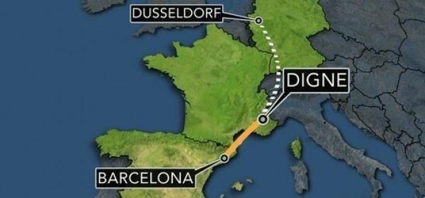 Francia, airbus si schianta con 150 persone a bordo