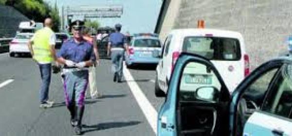 Suicidio su A14-polizia