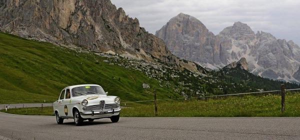 Alfa Giulietta TI del 61 - foto da facebook  Coppa d'Oro delle Dolomiti