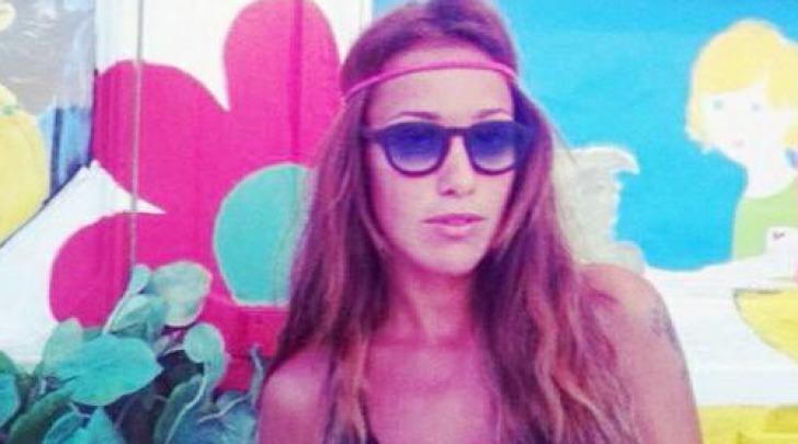 Teresanna Pugliese in versione hippie