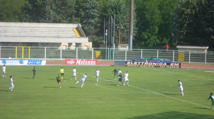 Il tiro dell'1-0 di Della Penna contro il Castel Rigone