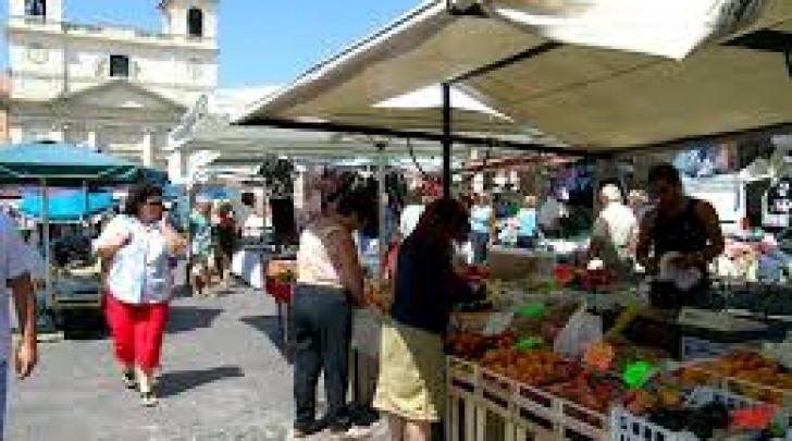 Il Mercato di piazza duomo prima del 2009