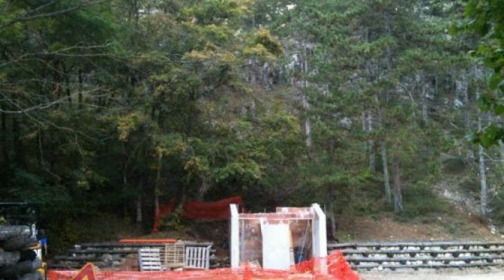 I bagni in costruzione a Madonna Fore