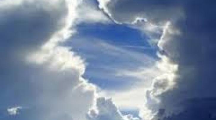 Ponte dei santi, nuvole e schiarite