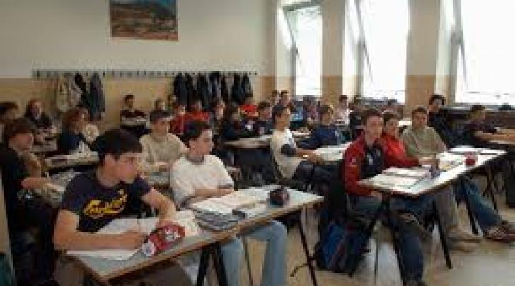 Interventi per le scuole superiori sulmonesi