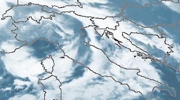 Condizioni meteo dal satellite