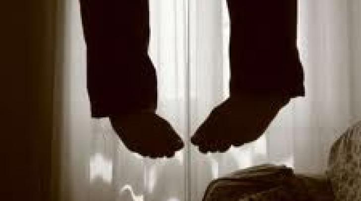 Suicidio di un uomo a Silvi