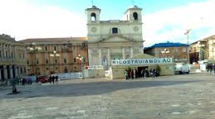 L'Aquila-piazza Duomo
