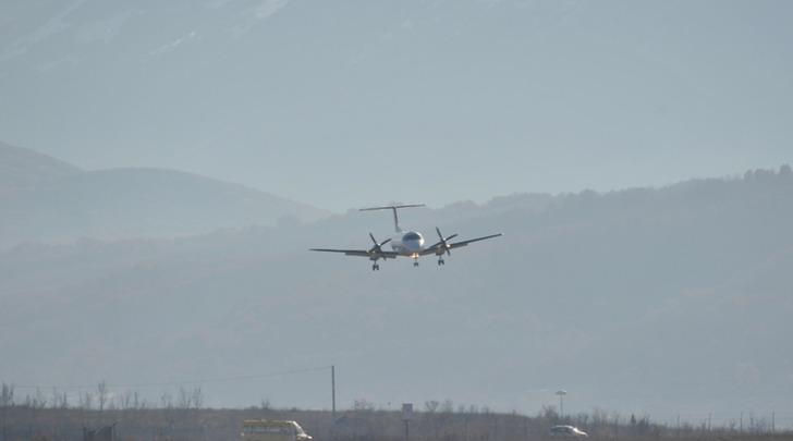 Aeroporto dei Parchi primo volo