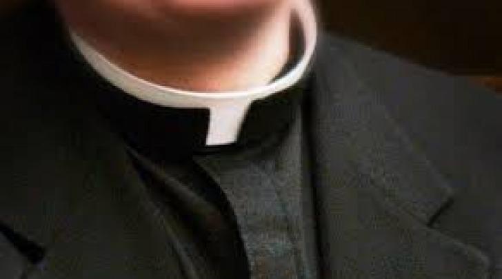 Ex preti chiedono di tornare a celebrare messa